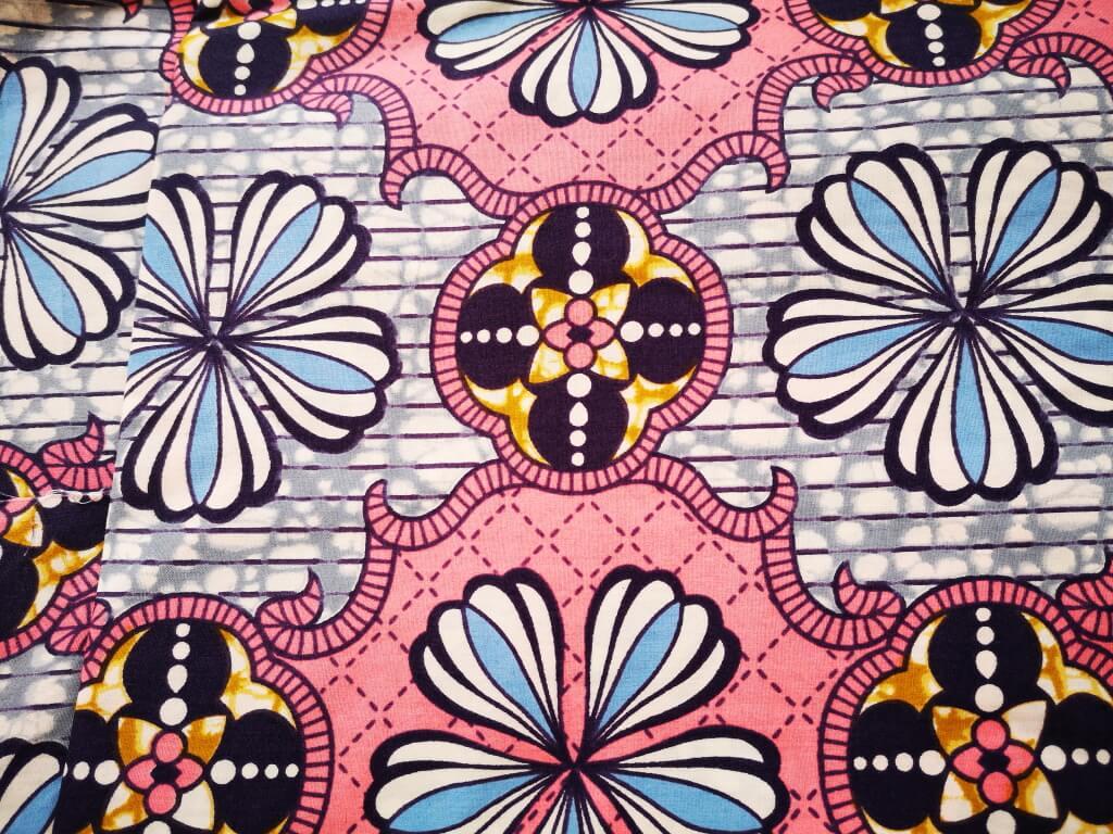 """Vooraanzicht van de kimono """"Aztek"""""""